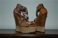 Mixed Browns Burberry Wedge, size 9