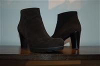 Black Suede La Canadienne Booties, size 7