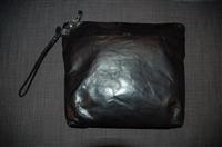 Black Leather Hoi Bo Clutch, size M