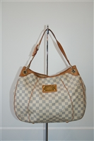 Damier Louis Vuitton Hobo, size L
