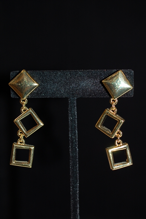 Gold Nina Ricci Earrings, size O/S